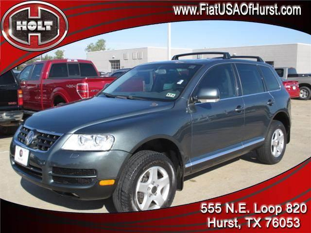 2004 VOLKSWAGEN TOUAREG 4DR V6 blue pearl this volkswagen touareg is luxurious  comfortable  and m