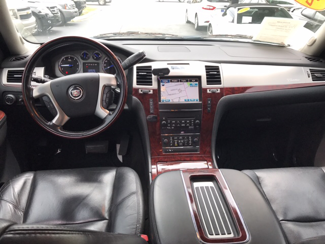 2011 Cadillac Escalade ESV 4dr SUV - Snellville GA