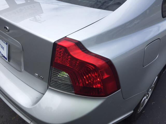 2009 Volvo S40 2.4i 4dr Sedan w/ULEV2 emissions - Snellville GA