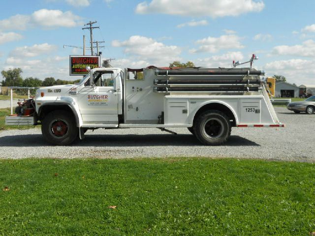 1982 Ford F-800