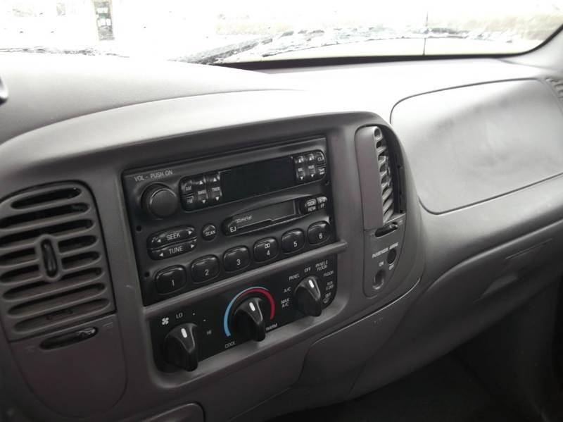 2003 Ford F-150 XL 2dr Standard Cab Rwd Styleside LB - Tekamah NE