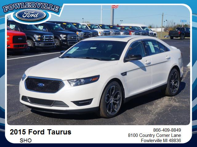 2015 Ford Taurus for sale in Fowlerville, MI
