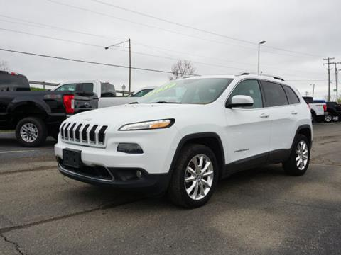 2014 Jeep Cherokee for sale in Fowlerville, MI