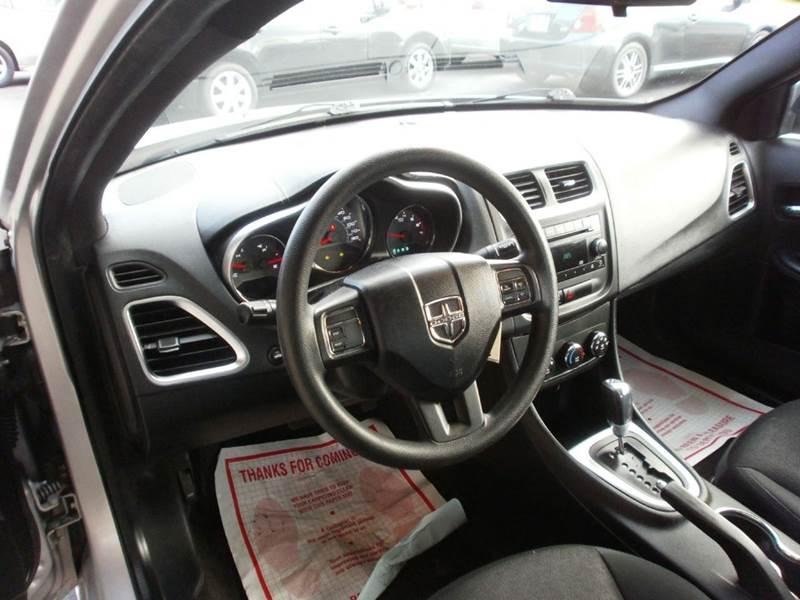 2012 Dodge Avenger SE 4dr Sedan - Racine WI