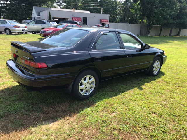 1998 Toyota Camry LE V6 4dr Sedan - Feeding Hills MA