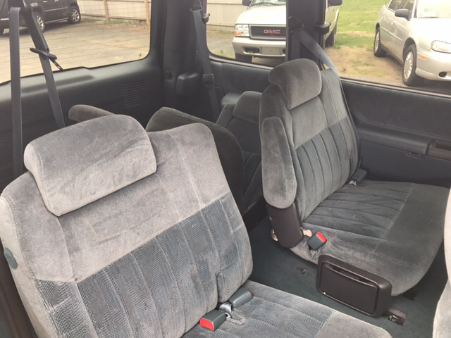 1997 Chevrolet Venture 3dr LS Mini-Van - Feeding Hills MA