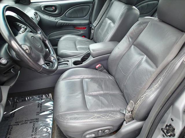 2003 Pontiac Bonneville