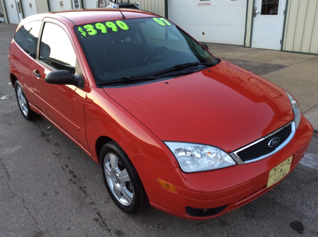 2007 ford focus zx3 ses 2dr hatchback in hokah mn tri state auto outlet corp. Black Bedroom Furniture Sets. Home Design Ideas