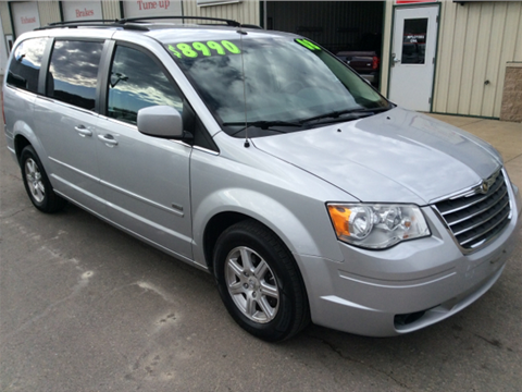 2008 Chrysler Town and Country for sale in Hokah, MN