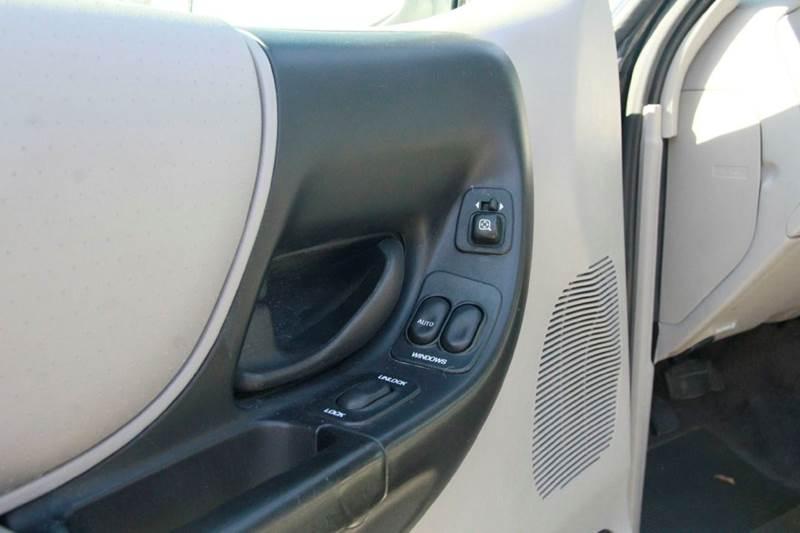 2000 Ford Ranger XLT  4WD Extended Cab SB - St. Charles MO