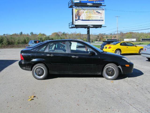 2000 Ford Focus for sale in New Oxford PA