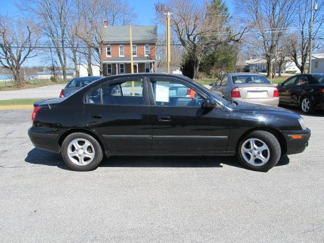 2005 Hyundai Elantra for sale in New Oxford PA