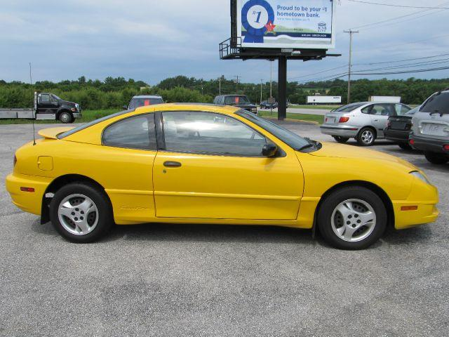 2003 Pontiac Sunfire for sale in New Oxford PA