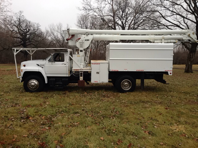 1993 Ford F-700