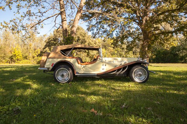 1929 Classic Motor Carriage Mercedes Gizelle
