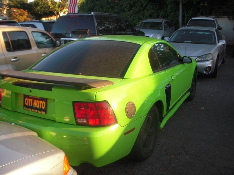 2002 Ford Mustang GT Deluxe 2dr Coupe - Modesto CA