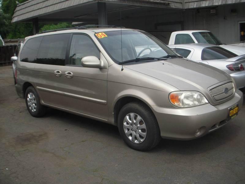 2004 Kia Sedona EX 4dr Mini-Van - Modesto CA
