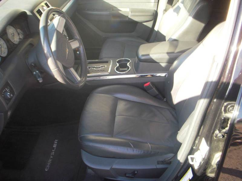 2010 Chrysler 300 Touring 4dr Sedan - Modesto CA
