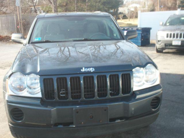 2007 Jeep Grand Cherokee Laredo 4dr SUV 4WD - Johnston RI