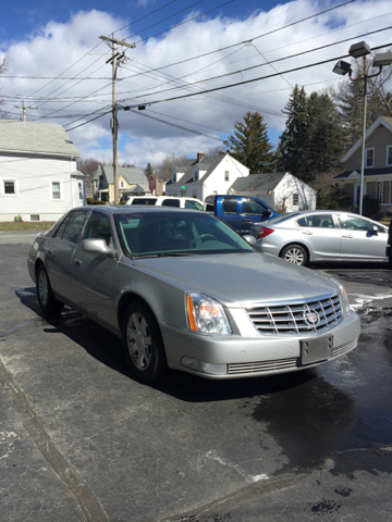 2006 Cadillac DTS Luxury I 4dr Sedan - Johnston RI
