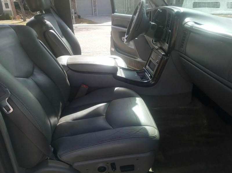 2005 GMC Yukon XL AWD Denali 4dr SUV - Glendale CO