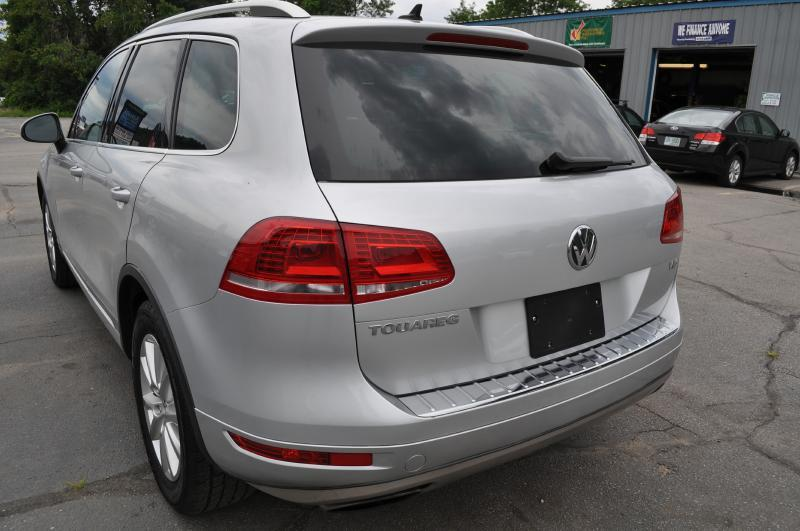 2013 Volkswagen Touareg V6 - Hooksett NH