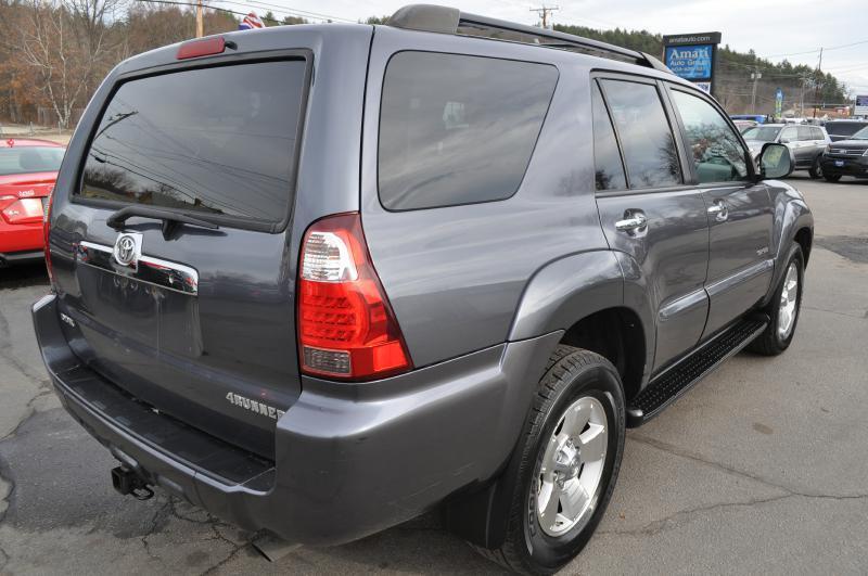 2007 Toyota 4Runner SR5 4dr SUV 4WD V6 - Hooksett NH
