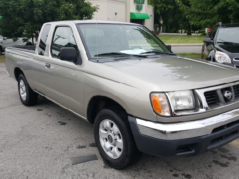 2000 Nissan Frontier for sale in Hendersonville, TN