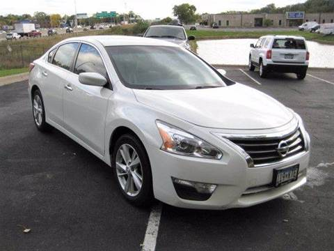 2013 Nissan Altima for sale in Maplewood, MN