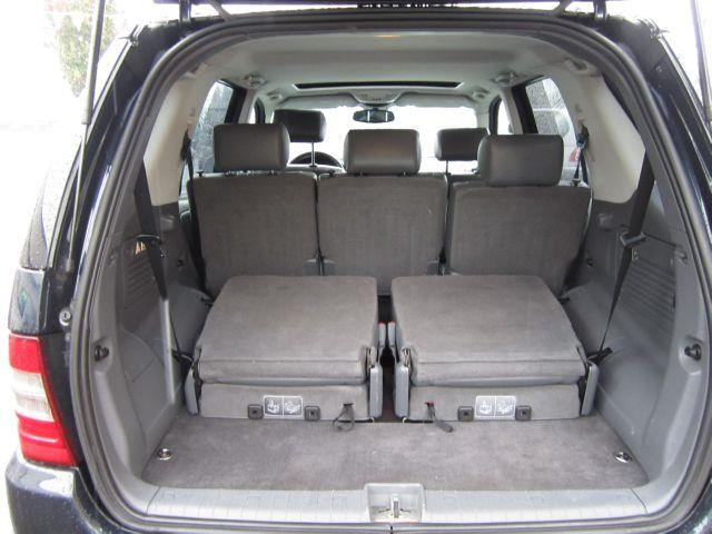 mercedes benz ml320 3rd row seats. Black Bedroom Furniture Sets. Home Design Ideas