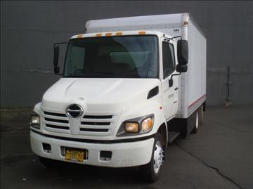 2005 Hino 165