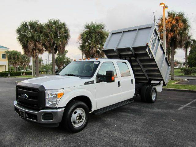 2011 Ford F-350 Super Duty Dump Truck