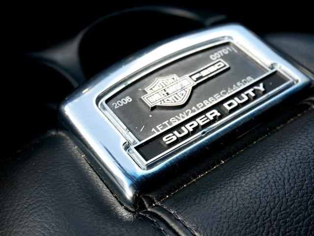 2006 Ford F-250 Super Duty Harley Davidson Super Duty XL (Six-Door) - Fort Lauderdale FL