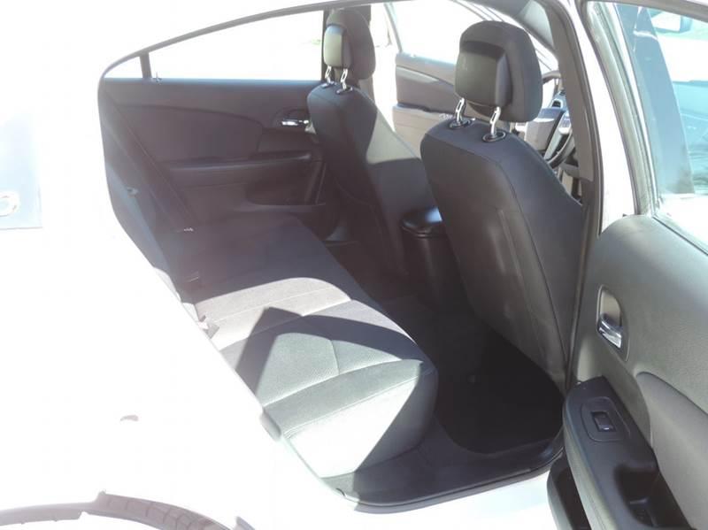 2012 Chrysler 200 Touring 4dr Sedan - Greenfield IN