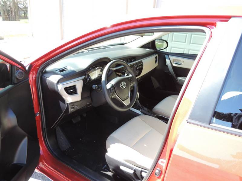 2016 Toyota Corolla LE 4dr Sedan - Greenfield IN