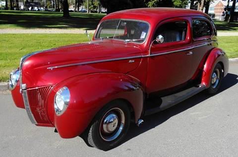1940 Ford 2dr Sedan