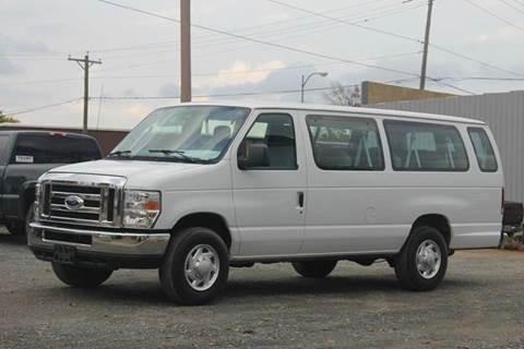 2013 Ford E-Series Wagon for sale in Medford WI