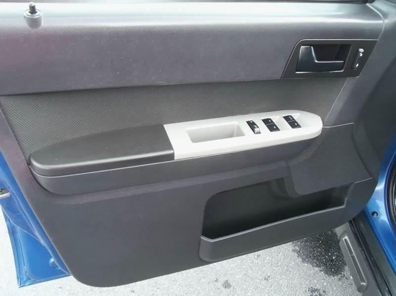 2010 Ford Escape XLT 4dr SUV - Staunton VA