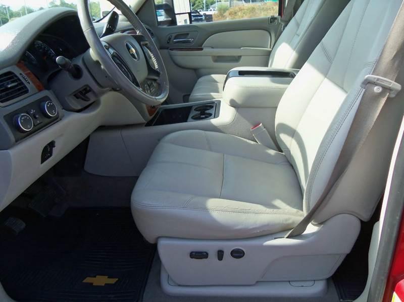 2011 Chevrolet Silverado 2500HD 4x4 LTZ 4dr Crew Cab SB - Staunton VA