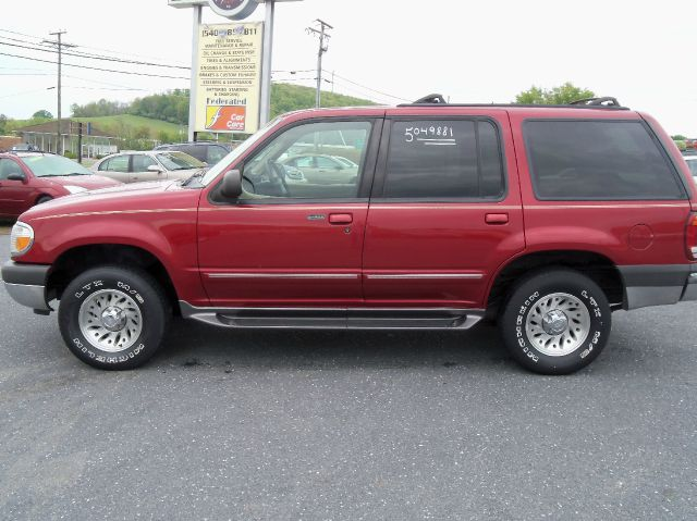 2000 ford explorer xlt 4wd in staunton va mastertech automotive. Cars Review. Best American Auto & Cars Review