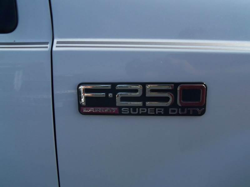 2000 Ford F-250 Super Duty 4dr Lariat 4WD Crew Cab LB - Staunton VA
