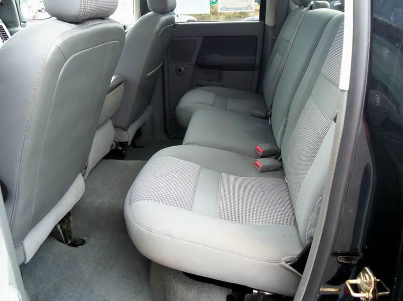 2006 Dodge Ram Pickup 2500 SLT 4dr Quad Cab 4WD LB - Staunton VA