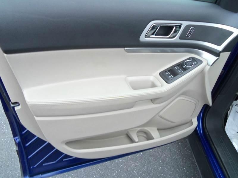 2015 Ford Explorer AWD XLT 4dr SUV - Staunton VA