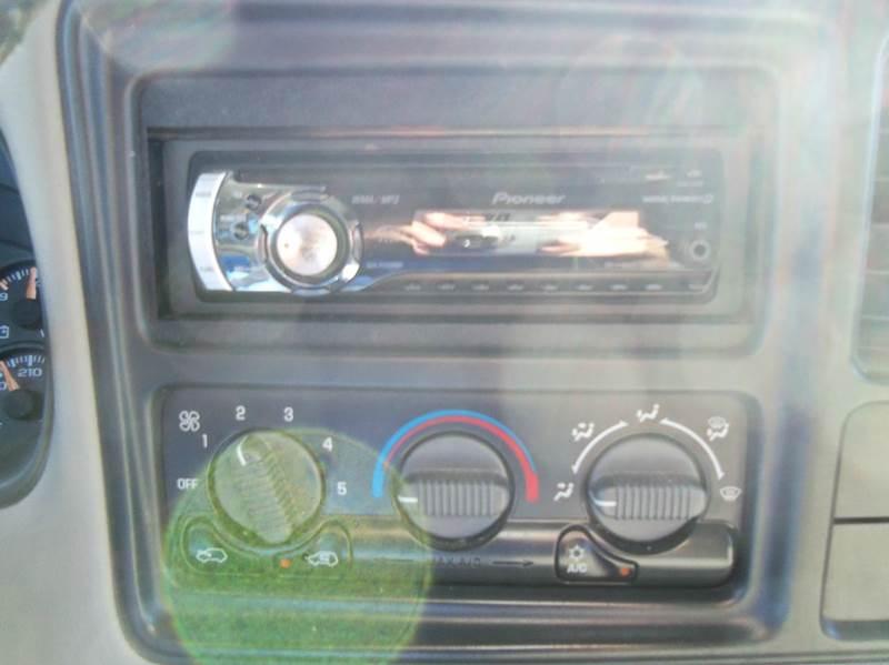 2000 GMC Sierra 1500 3dr SLE 4WD Extended Cab SB - Staunton VA