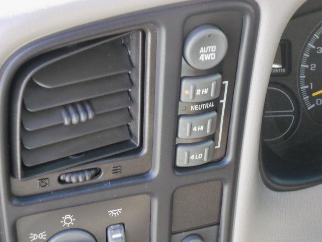2001 Chevrolet Suburban LT - Staunton VA