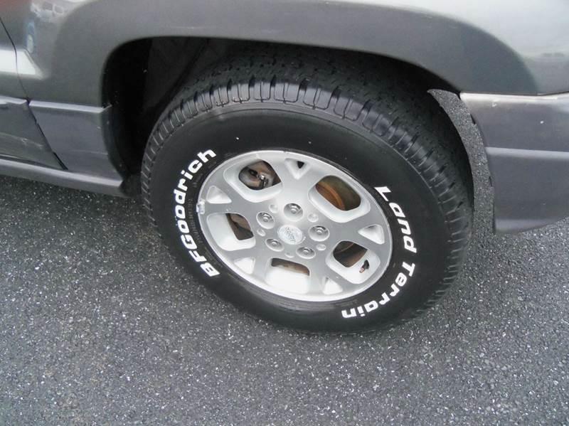 2003 Jeep Grand Cherokee 4dr Laredo 4WD SUV - Staunton VA