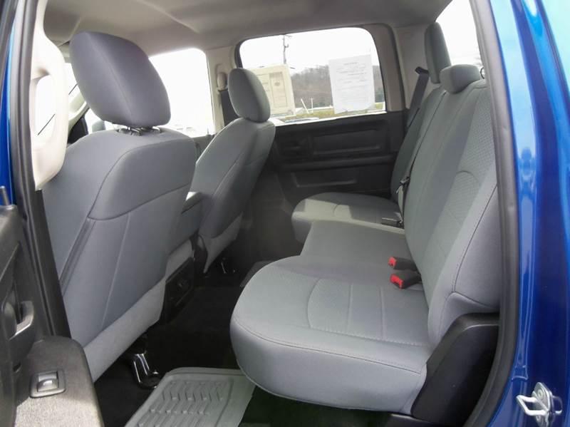 2015 RAM Ram Pickup 1500 4x4 Tradesman 4dr Crew Cab 5.5 ft. SB Pickup - Staunton VA