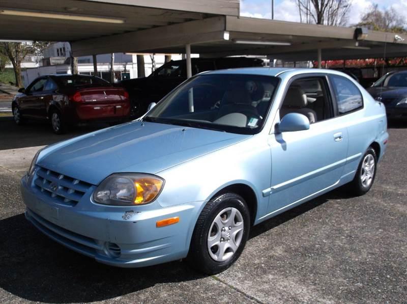 2005 Hyundai Accent GLS 2dr Hatchback - Kirkland WA