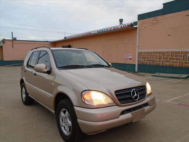 Used 2001 mercedes benz m class ml320 awd 4matic 4dr in for Mercedes benz for sale in dallas tx