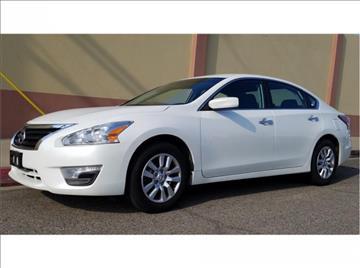 2015 Nissan Altima for sale in Visalia, CA